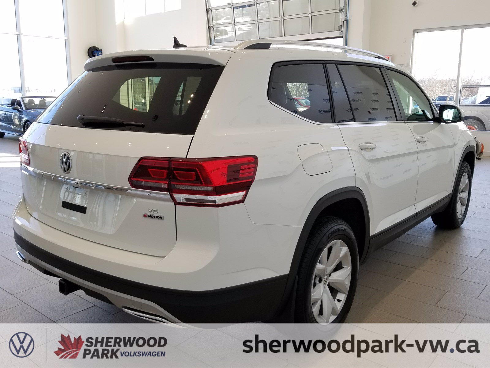 New 2019 Volkswagen Atlas Comfortline DEMO 7000KMS!