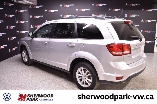 Pre-Owned 2014 Dodge Journey SXT 7 PASSENGER, NO ACCIDENTS!