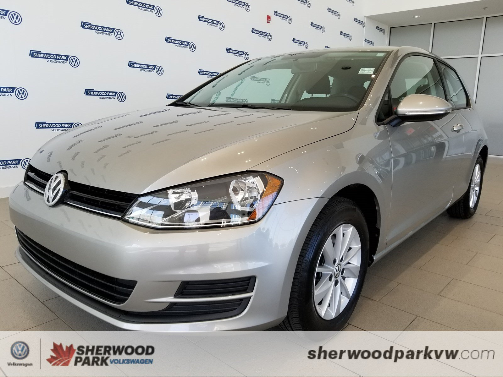 Certified Pre-Owned 2015 Volkswagen Golf Trendline