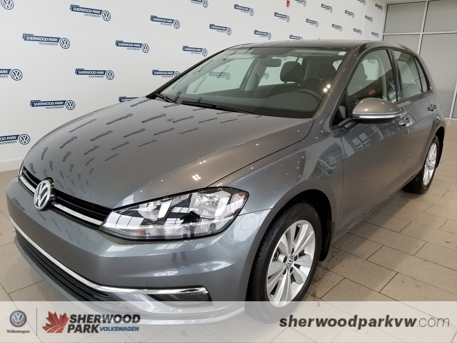 New 2019 Volkswagen Golf Highline *Manager Demo*