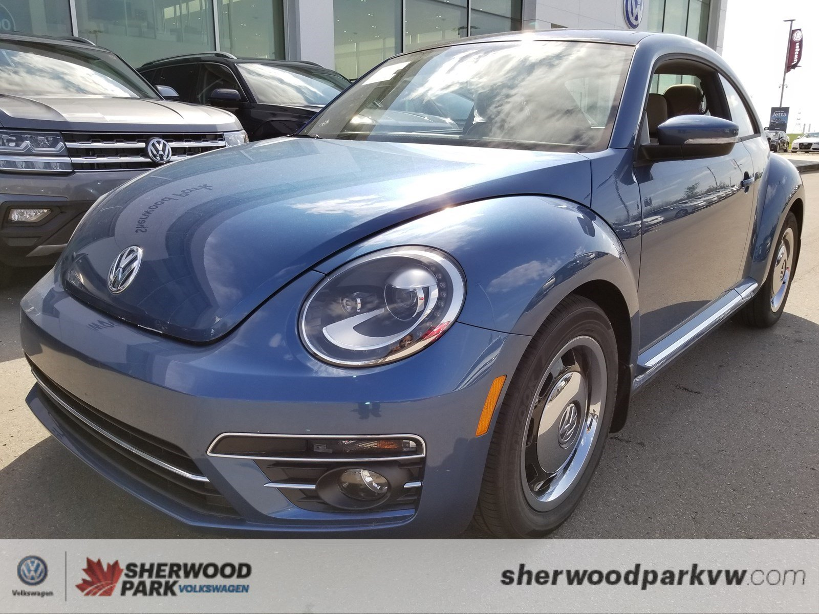 New 2018 Volkswagen Beetle Coast Hatchback in Sherwood Park