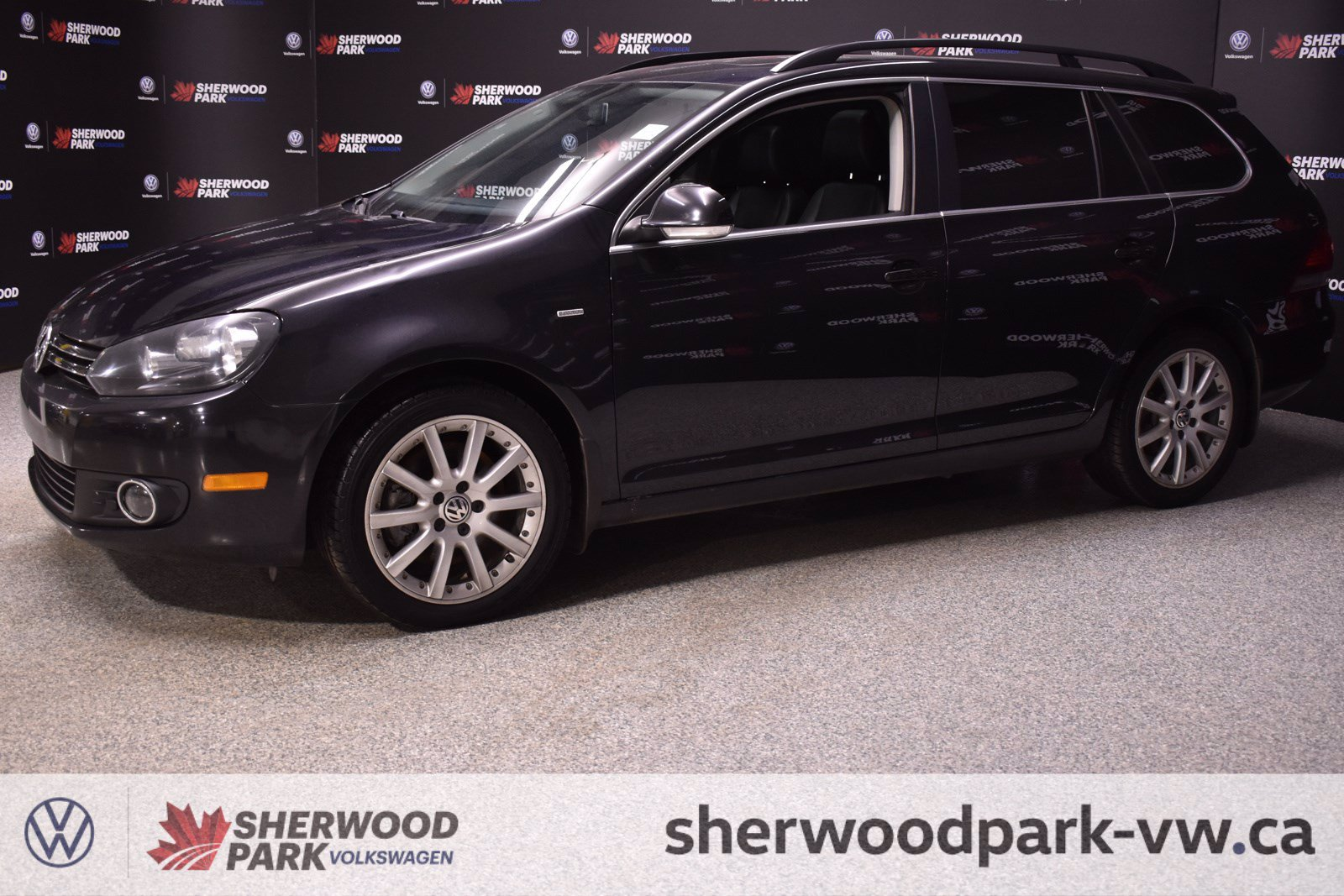 Pre-Owned 2014 Volkswagen Golf Wagon Wolfsburg Edition *Certified, Low rates available!! *