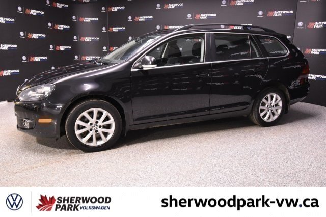 Pre-Owned 2013 Volkswagen Golf Wagon Diesel, 1 Owner, Alberta Car!