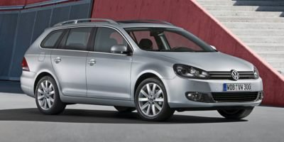 Pre-Owned 2014 Volkswagen Golf Wagon Trendline