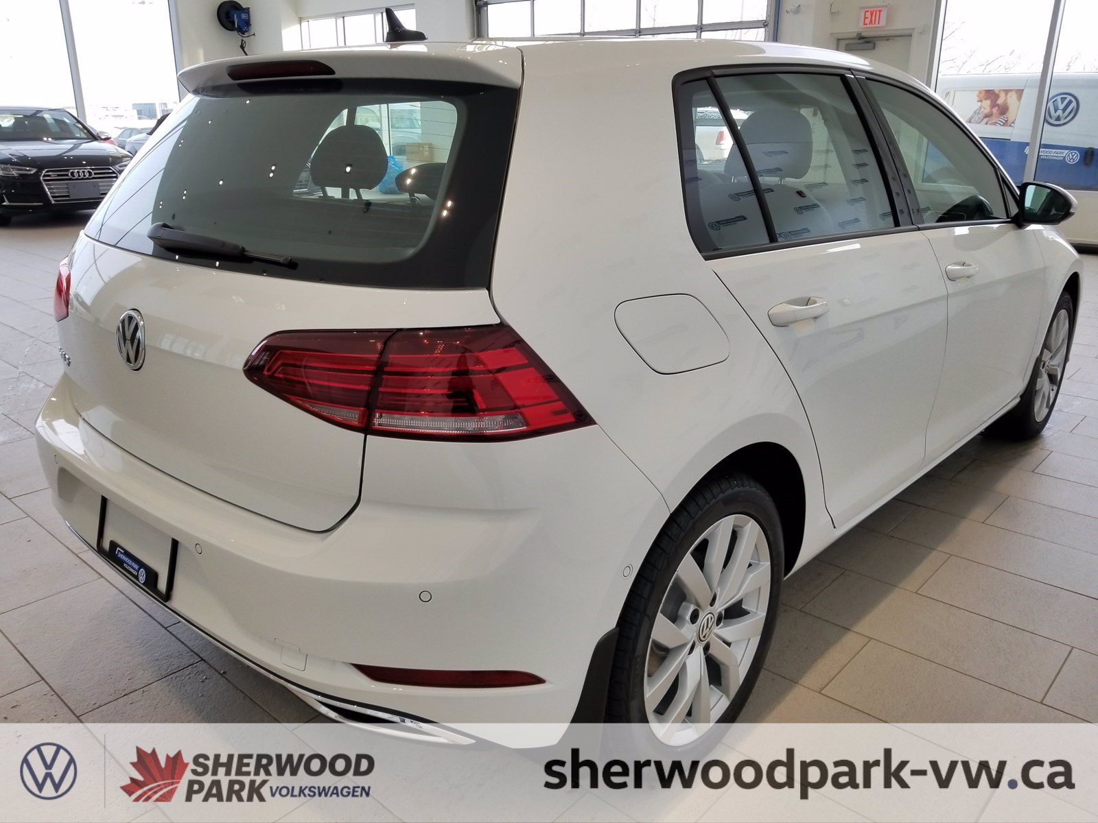New 2019 Volkswagen Golf Execline