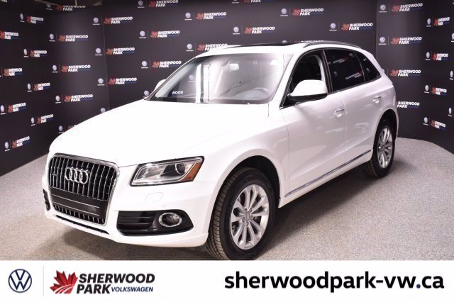 Pre-Owned 2017 Audi Q5 2.0T Progressiv *Four brand new tires, Navigation & Back Up Camera*