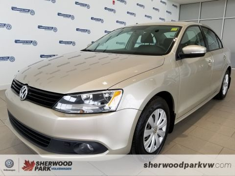 Certified Pre-Owned 2014 Volkswagen Jetta Sedan Trendline+