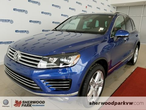 Pre-Owned 2017 Volkswagen Touareg Execline